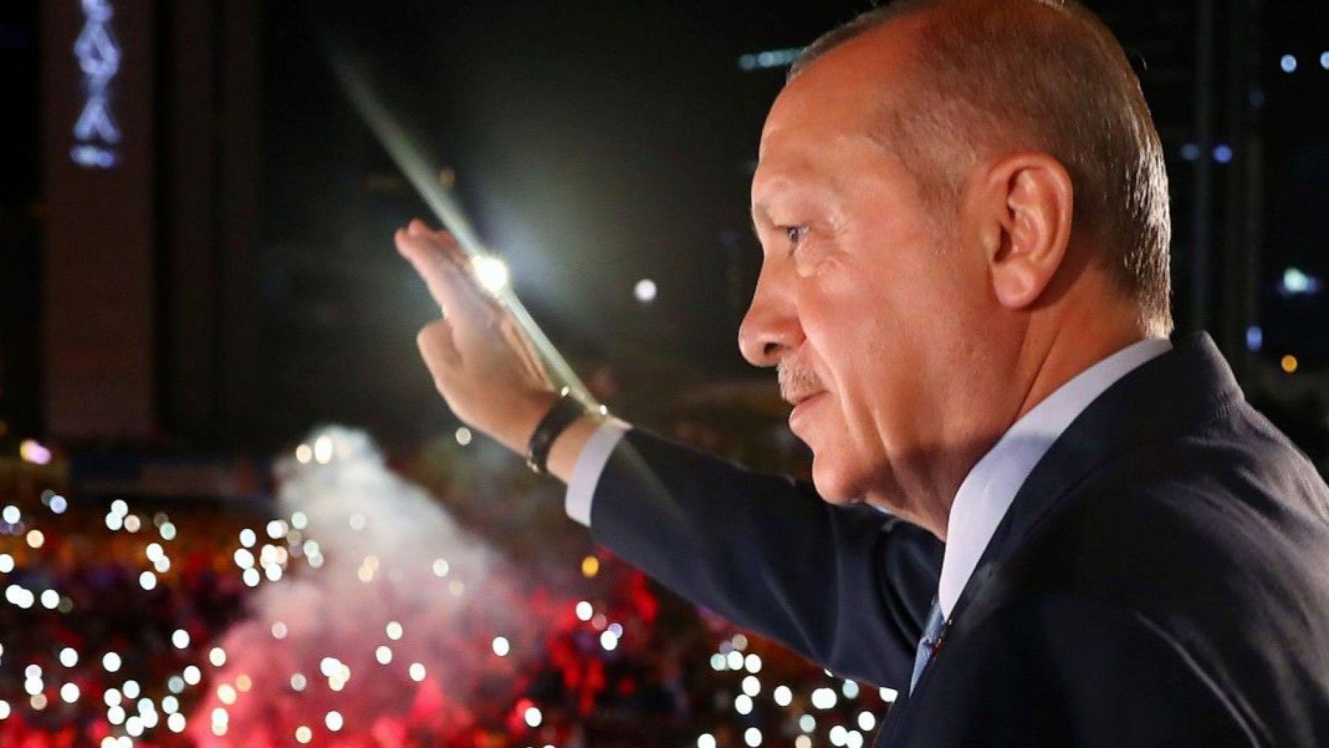 Ердоган: Турция даде пример на целия свят по демокрация