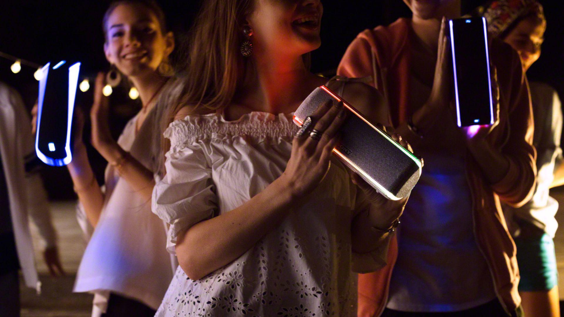 Безжични слушалки и високоговорители от Sony
