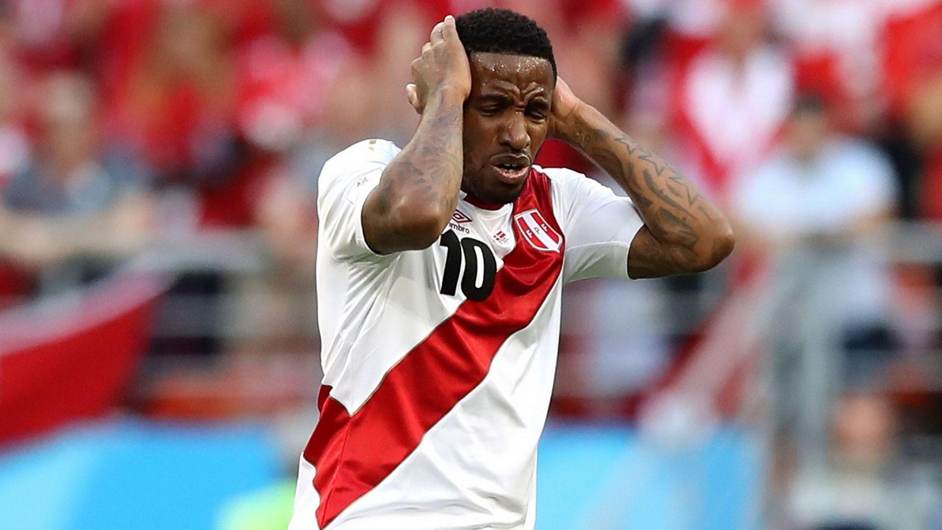 Звездата на Перу получи мозъчна травма