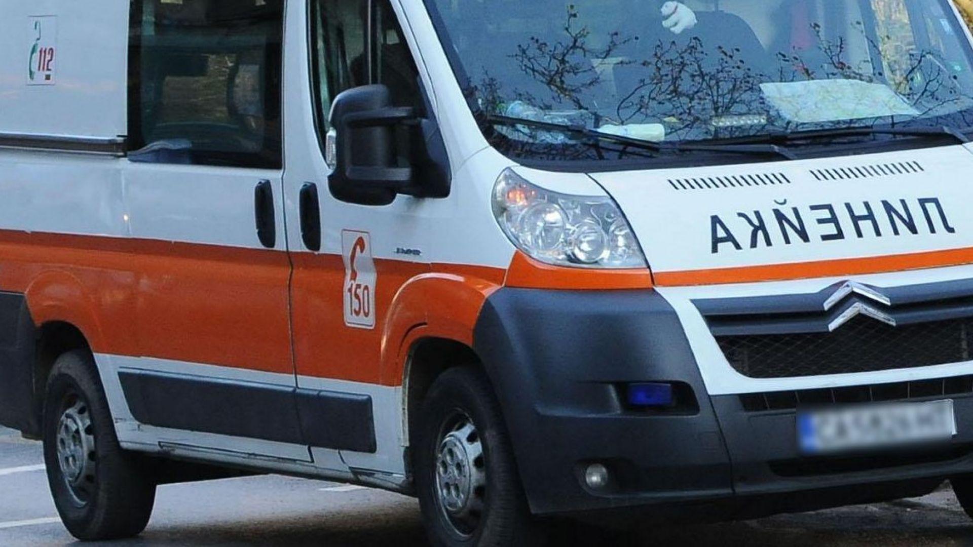 Шофьори на линейки стават парамедици