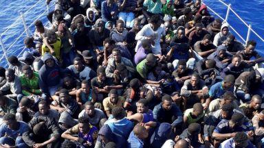 Италия преговаря с Либия за пресичане на мигрантския поток към Европа