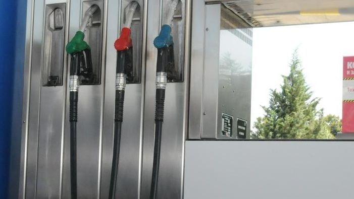 Ощетени ли са дребните търговци от закона за горивата?