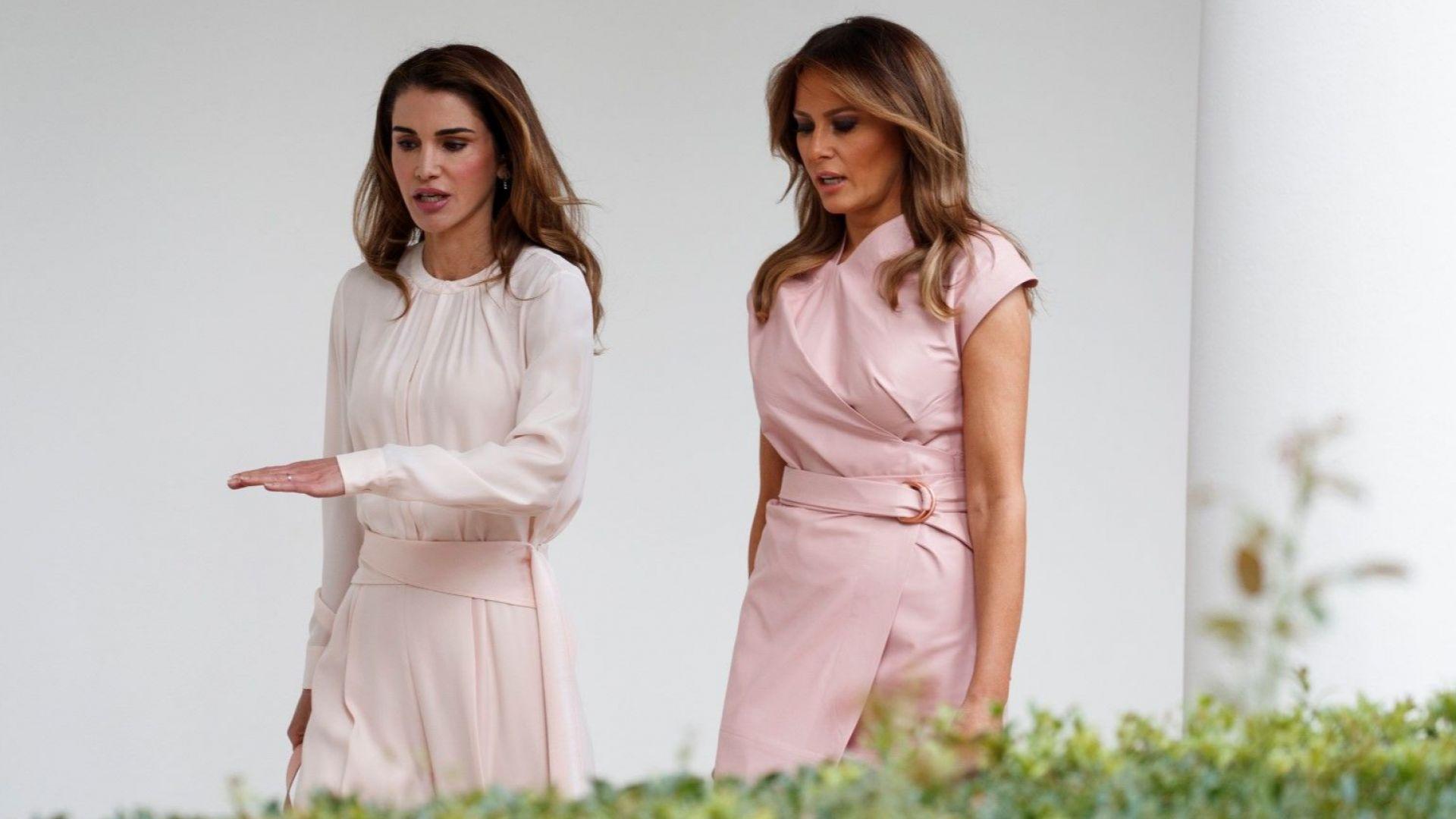Мелания и Рания изящни в бледорозово в Белия дом