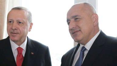 """Защо Борисов трябва да внимава с думите """"моят приятел Тайпи"""""""