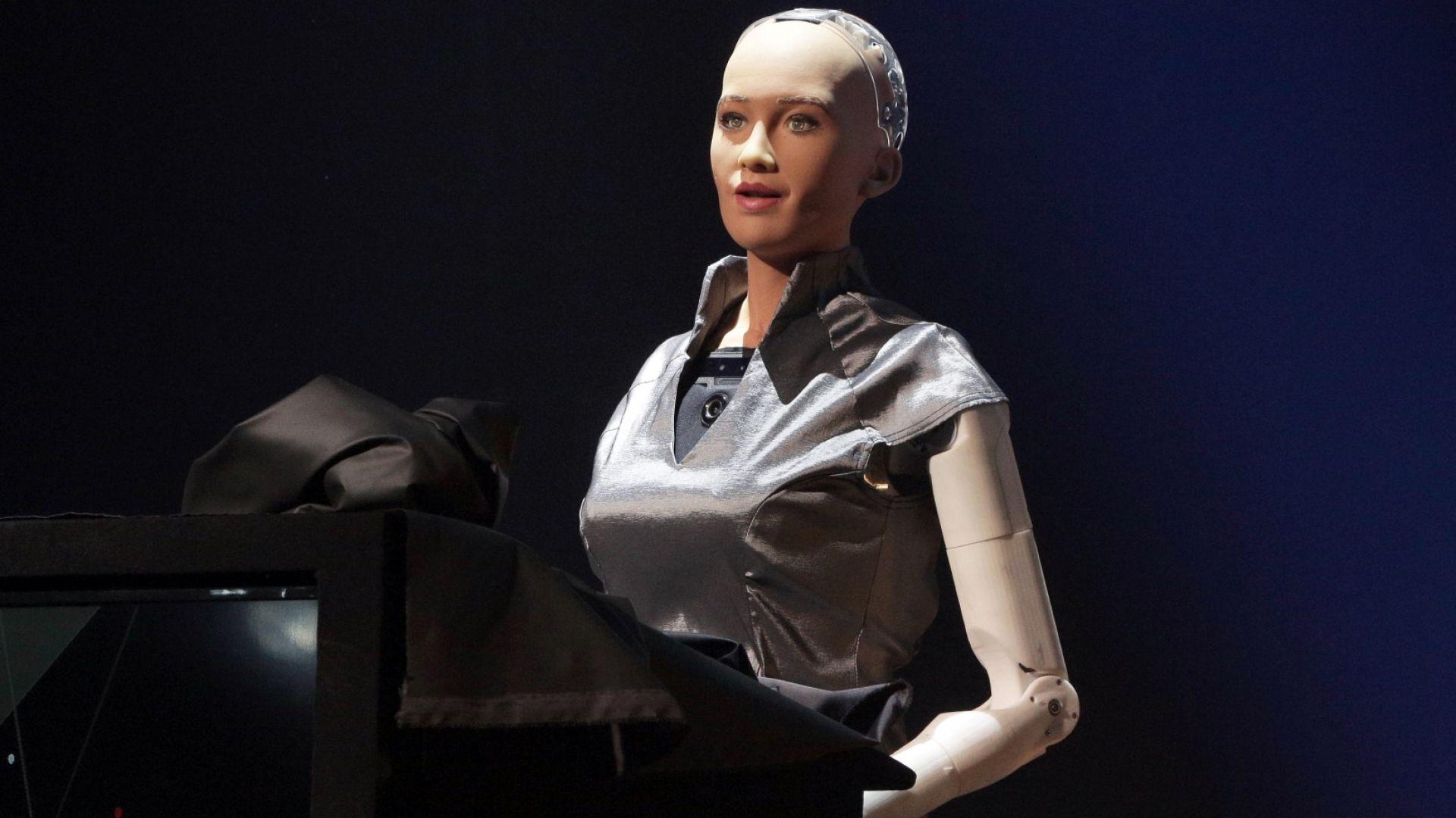 Роботът Sophia откри технологичния фестивал Webit