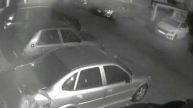 Обир на автомобил пред камери в Бургас