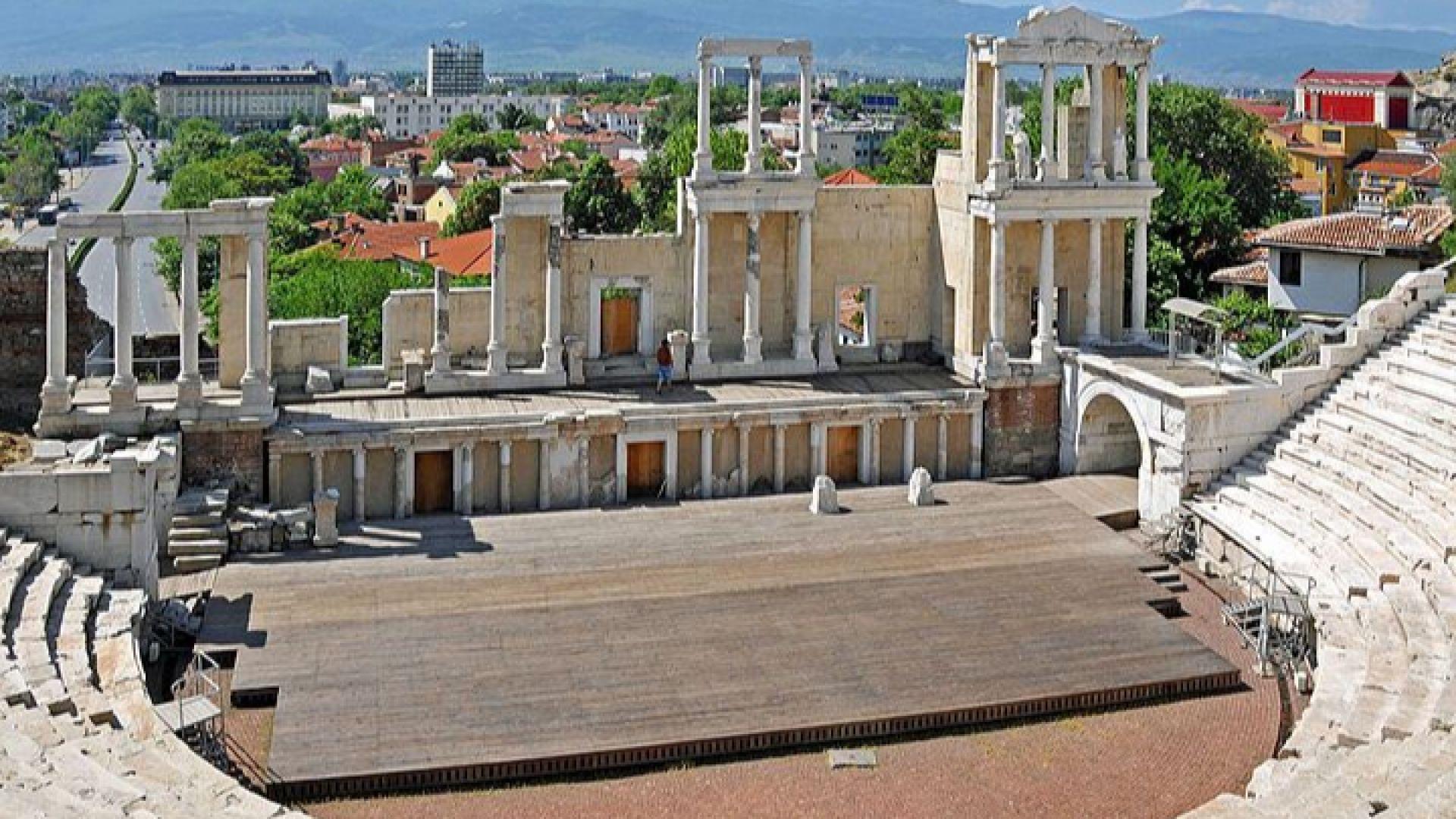 """""""Лебедово езеро""""оживява тази вечер на Античния театър в Пловдив"""