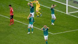 "Шпигел: Германия се провали заради два лагера - ""туземци"" и ""картофи"""