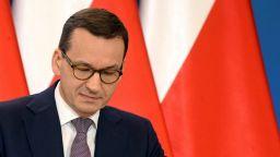 Поврат в Полша със закона за Холокоста