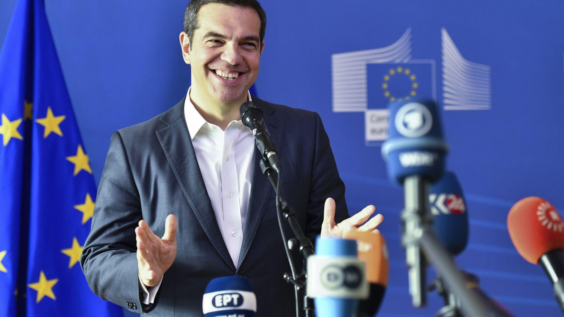 Ципрас готов на сделка с Берлин за връщане на мигрантите