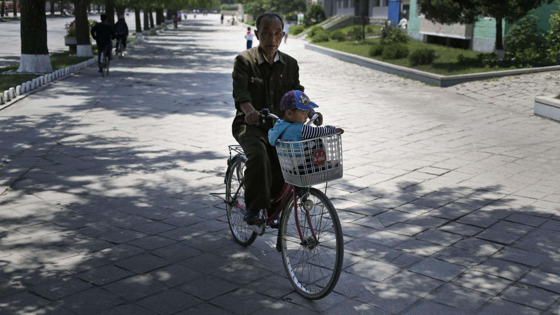Пхенян и Сеул ще съединяват шосейни мрежи