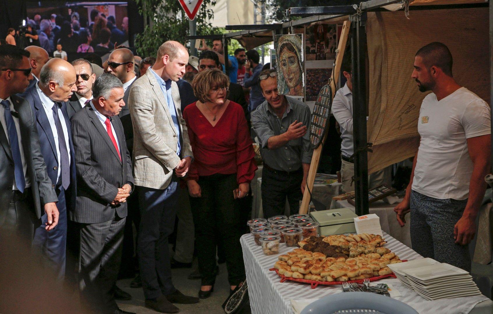 Кралската особа се разходи по улиците на Рамала