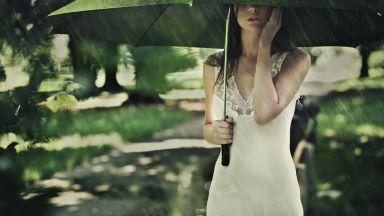 Юлска равносметка на температурите и валежите