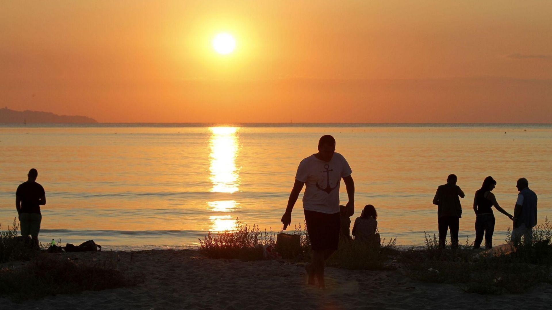 Със сцена, обърната към морето, посрещат July Morning в Бургас