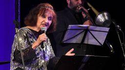 Мими Николова отпразнува 60 години на сцена с концерт-бенефис