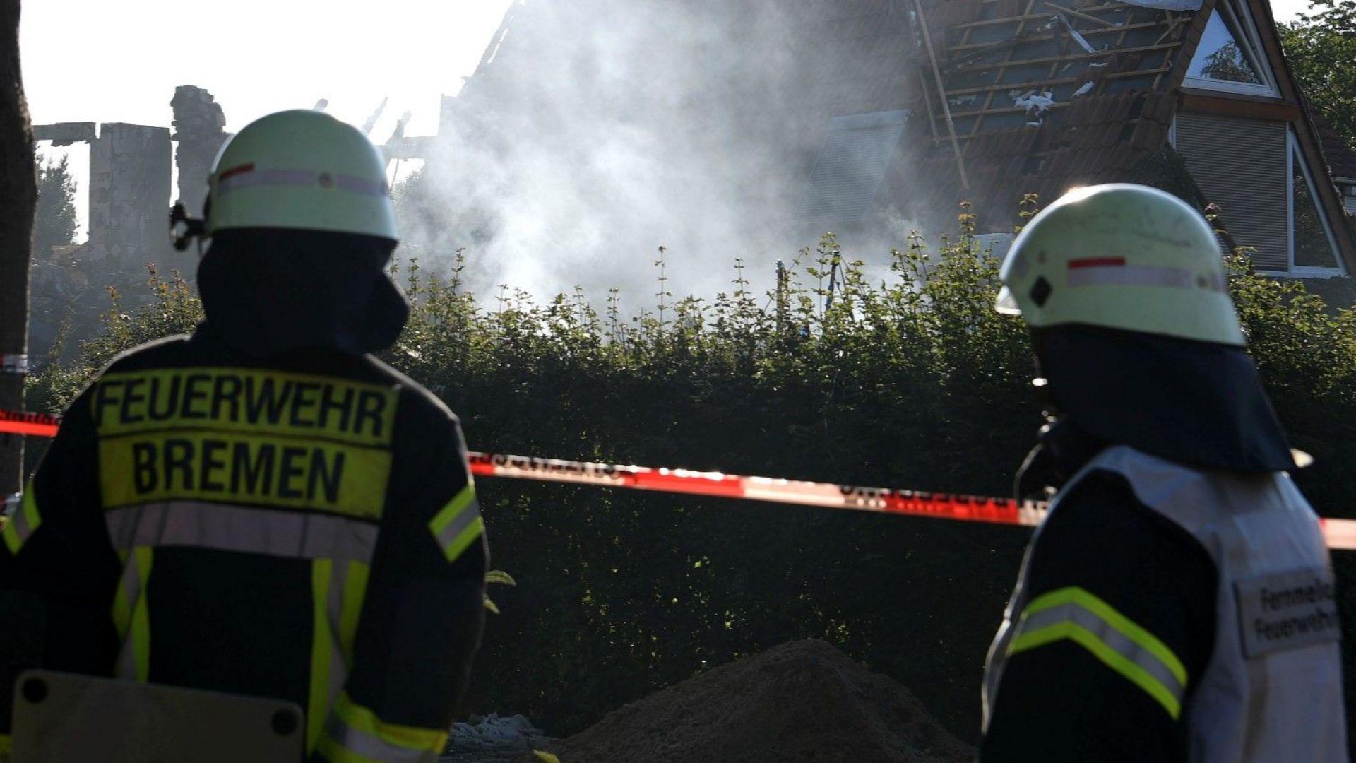 Мощна експлозия разруши блок в Бремен, има жертви (видео)