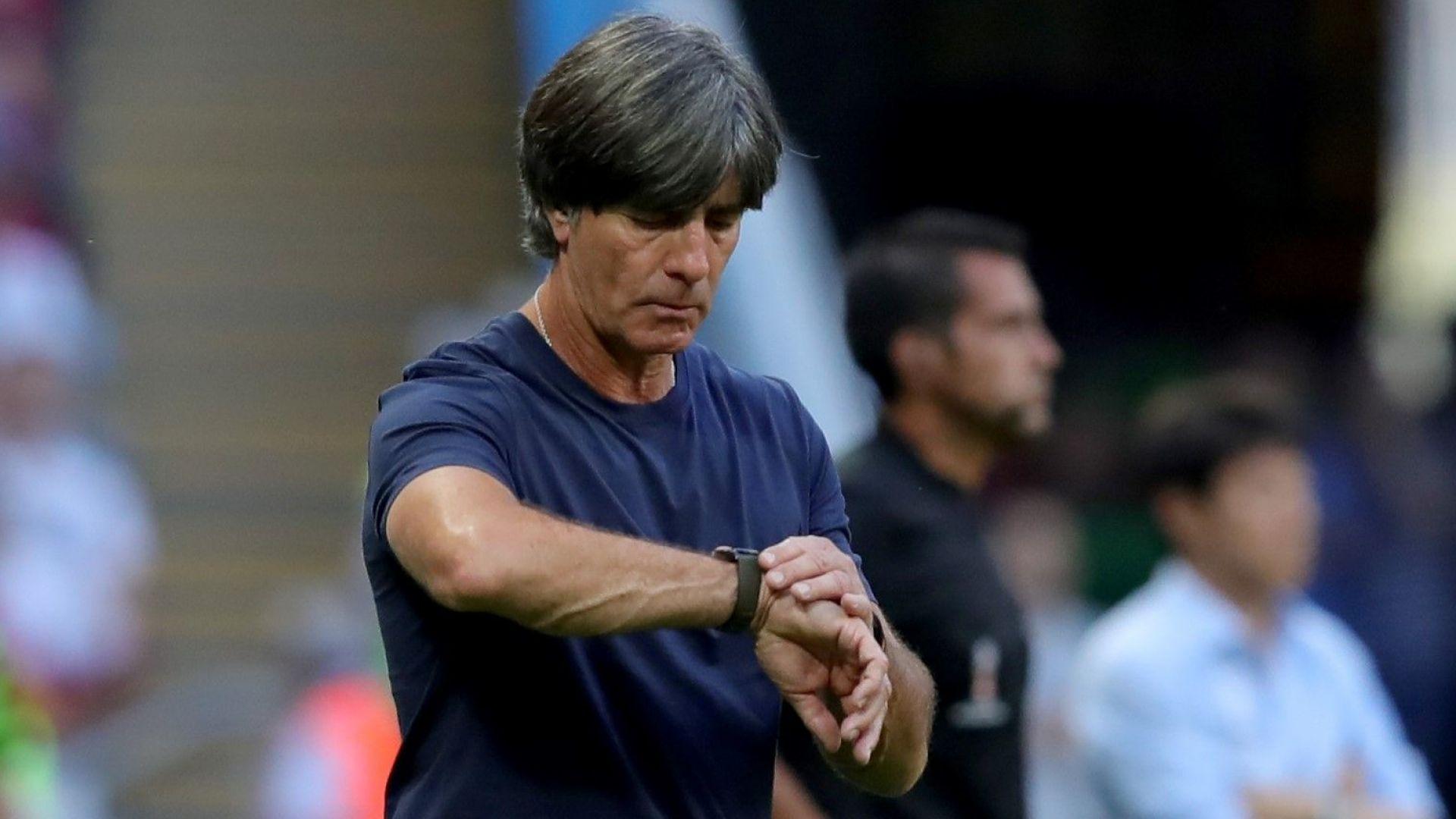 Германия умува за Льов, букмейкърите сочат Клоп и Венгер