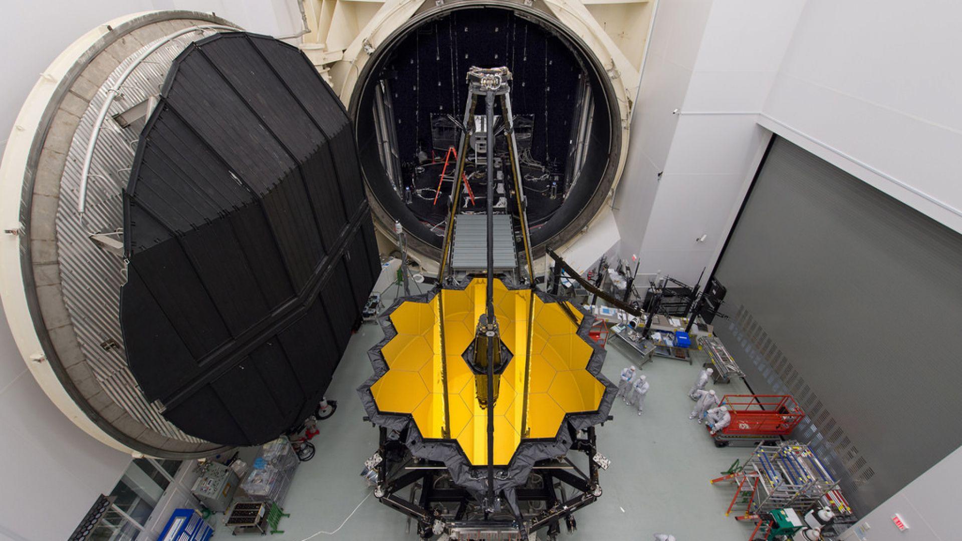"""Космическият телескоп """"Джеймс Уеб"""" премина през симулирано изстрелване"""