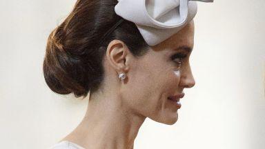 Анджелина Джоли е пред пълно изтощение