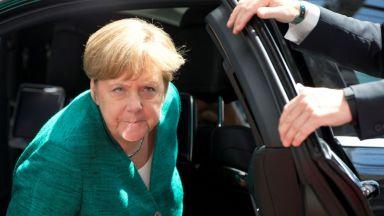 Съдбовни дни за Меркел: пет възможни сценария