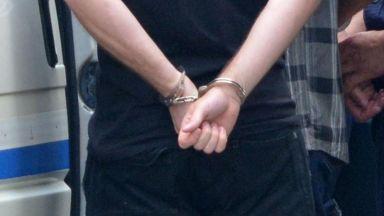 Граждани заключиха крадец на терасата си във Варна