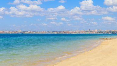 """""""Не анулирайте, отложете,"""" призовава туристите Португалия"""