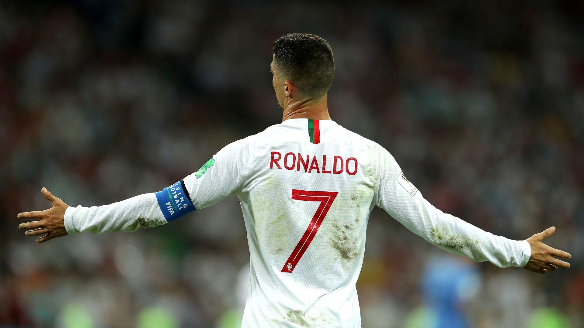 Португалия иска Кристиано да продължи, решението му ще се забави