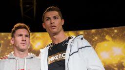 Меси и Роналдо сядат един до друг на големия финал в неделя?