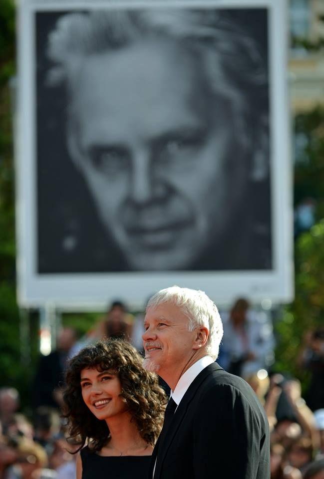 Тим Робинс и Гратиела Бранкузи