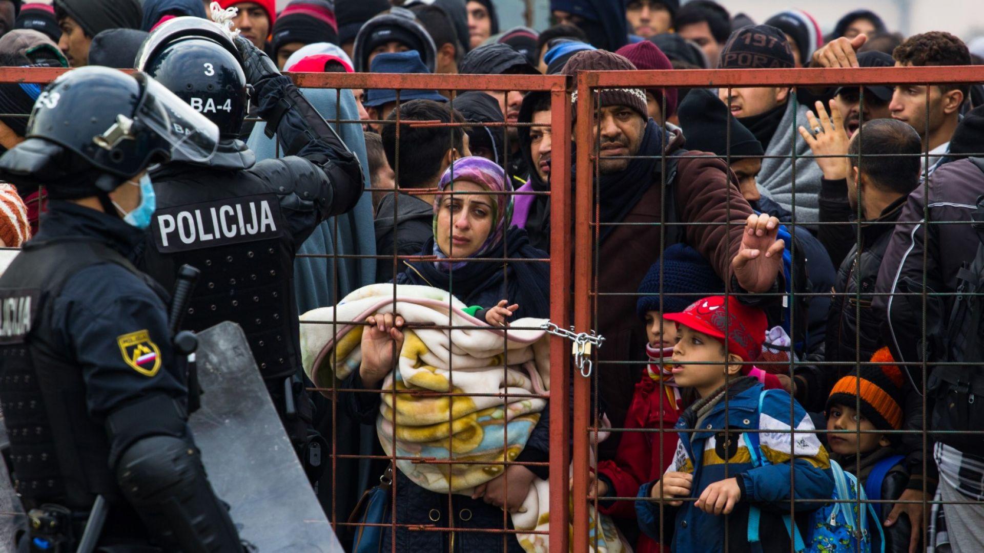 От Кайро до Варшава: Съпротивата срещу идеите на Меркел расте