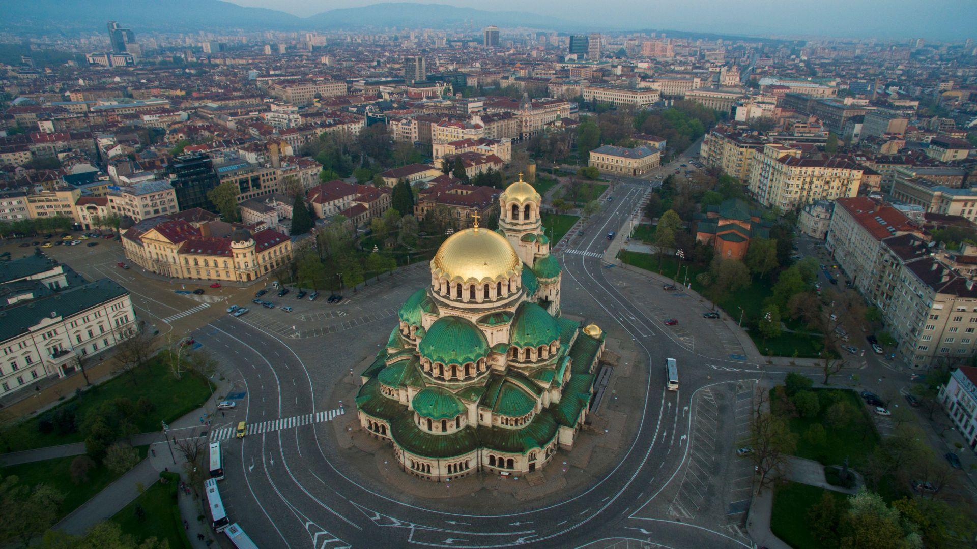 Започна ремонтът на централни булеварди в София