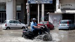 Още за наводненията в Гърция