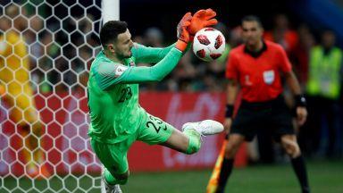 Героят-вратар Субашич може да е лошата поличба на Хърватия днес