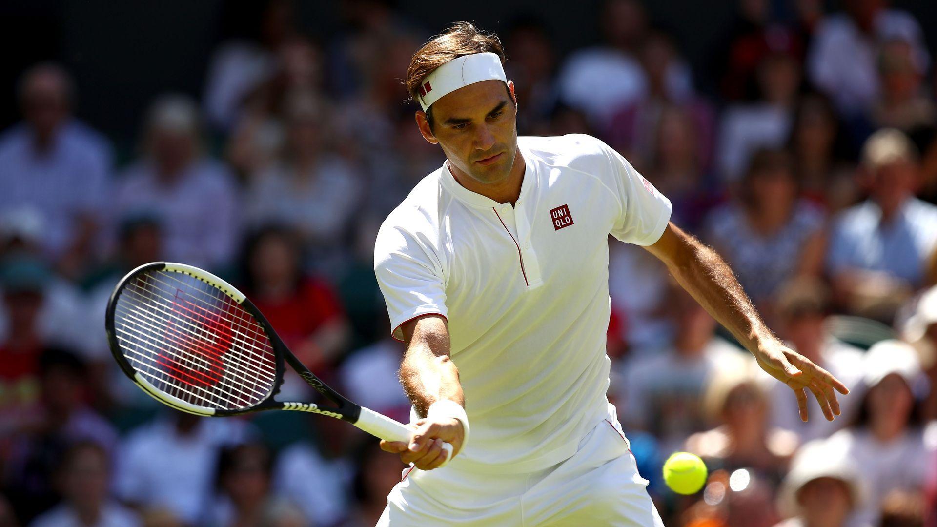 Федерер в Лондон екипа си мени, но нрава не - победа за 79 минути