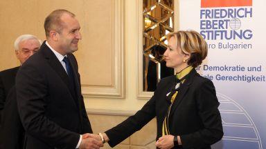 Румен Радев: Гърция си реши проблемите с Македония, да променим нашия договор