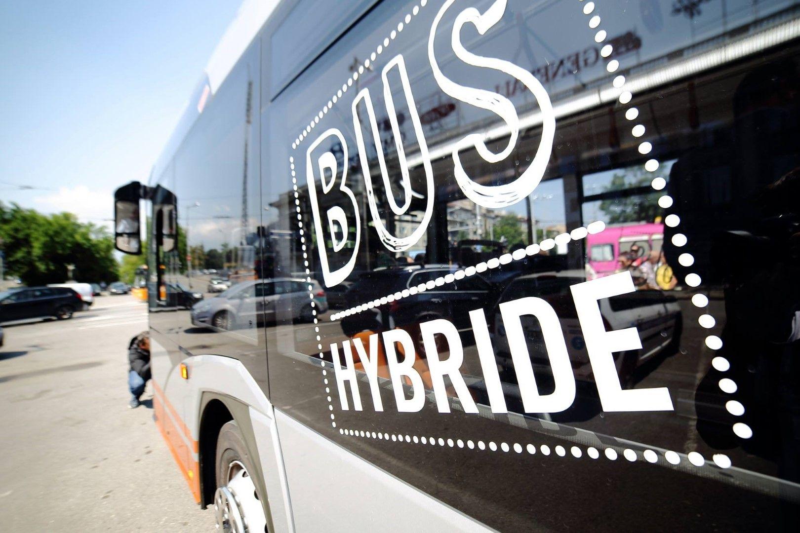 Тече подготовка на процедура за закупуване на 20 хибридни автобуса
