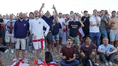 Англия обявява 16 юли за почивен ден при класиране за финал