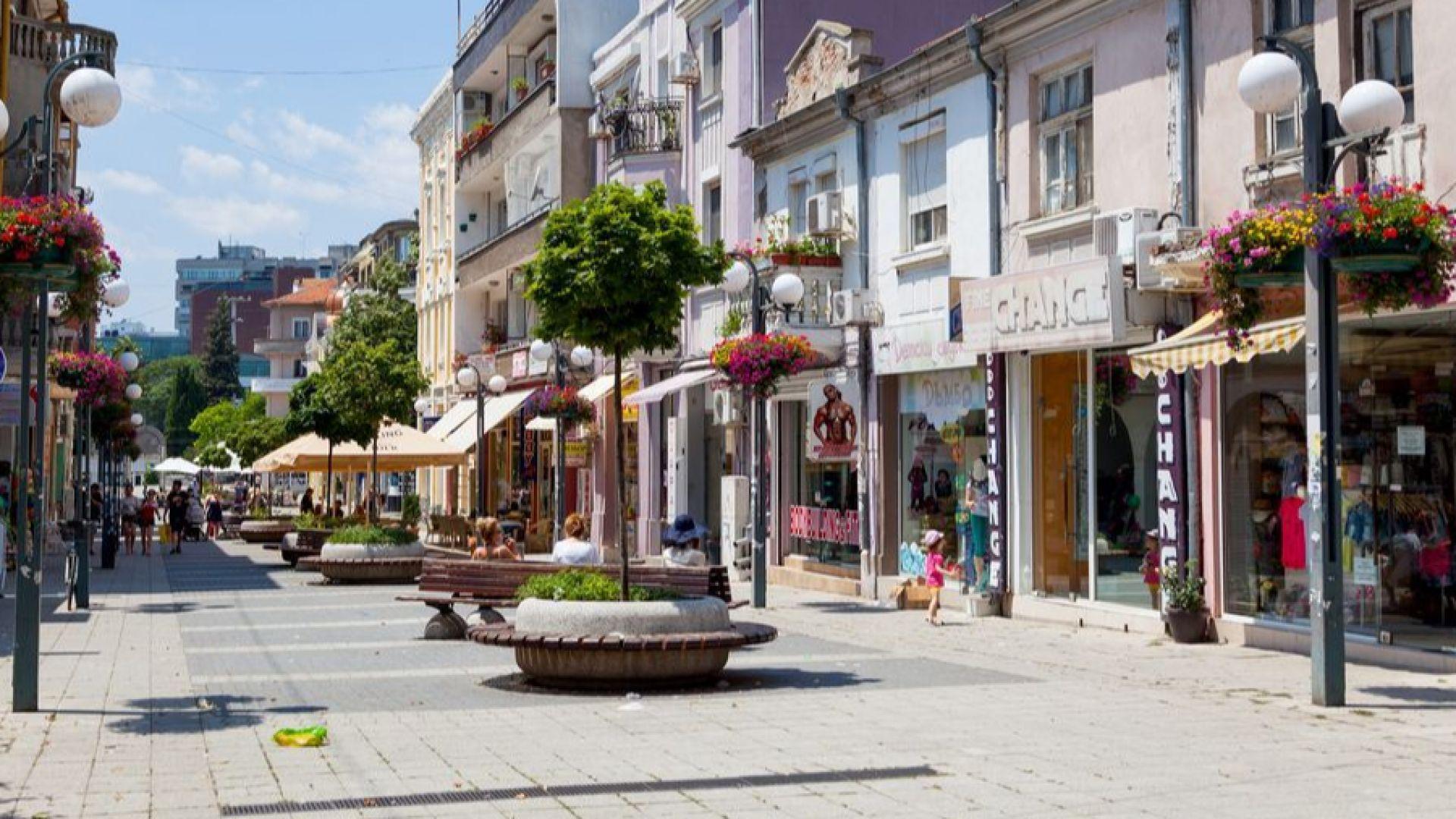 Пет нови скулптури ще красят Бургас