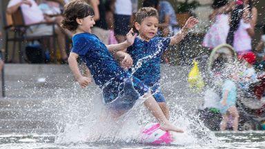19 починали за седмица заради жегите в Канада