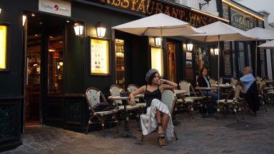 Парижките кафенета искат защитен статут от ЮНЕСКО (снимки)