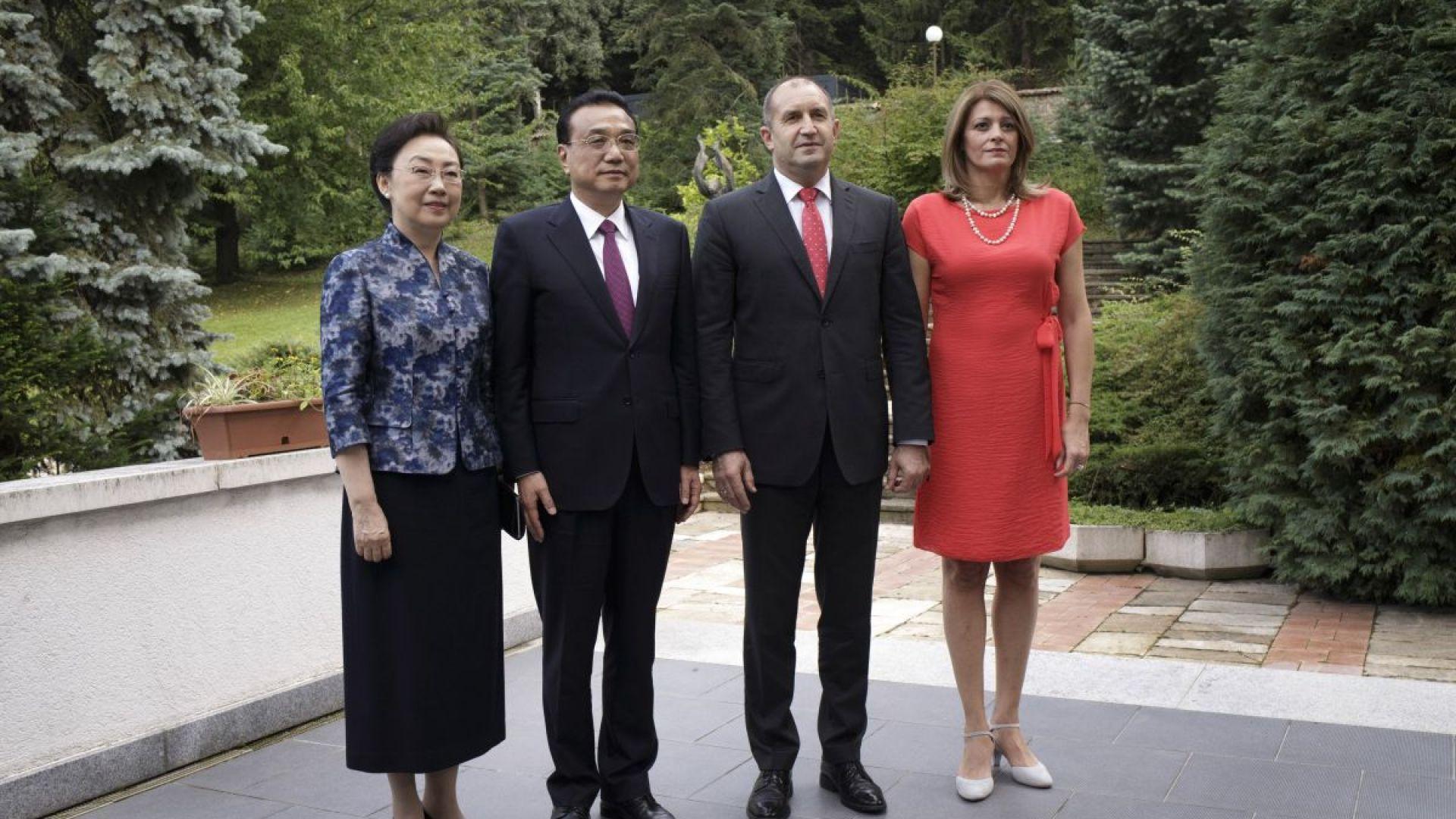 """Радеви приеха китайския премиер и съпругата му във вила """"Калина"""""""