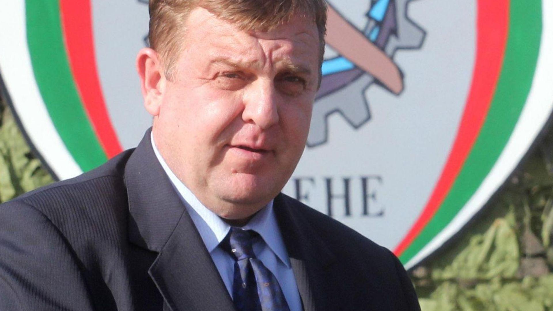 Каракачанов: Българският интерес е такъв, че да не допуснем да ни връщат бежанци