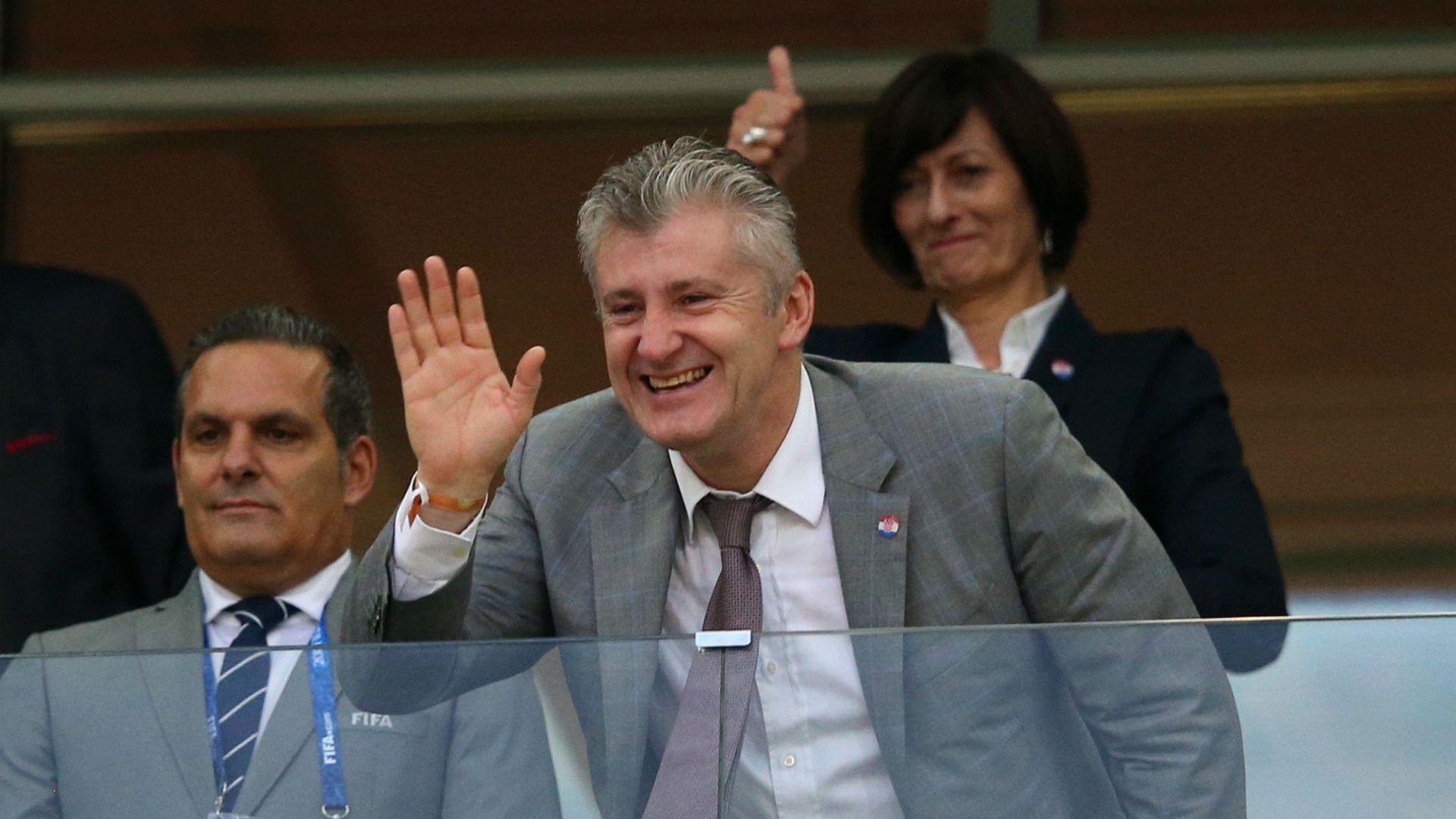 Давор Шукер: По време на мача с Русия трябваше да пийна водка за сърцето