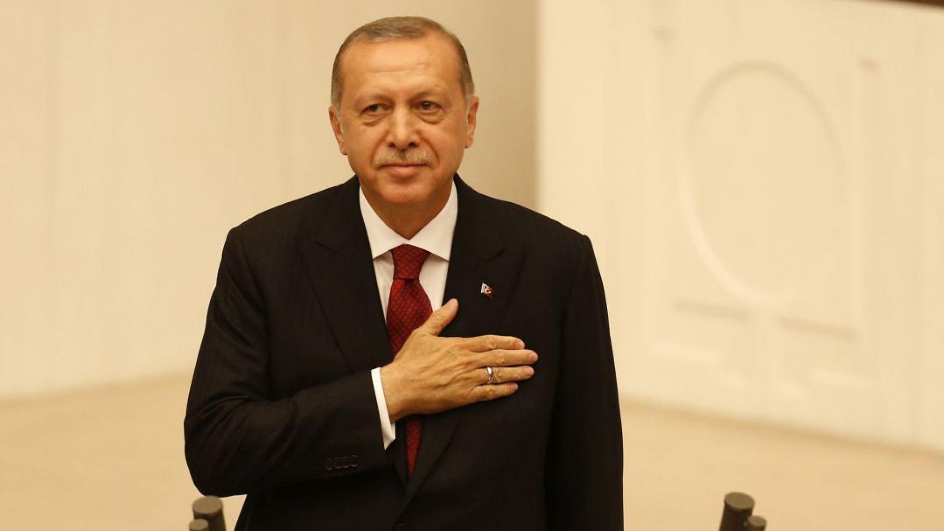 Eрдоган положи клетва, Турция става президентска република
