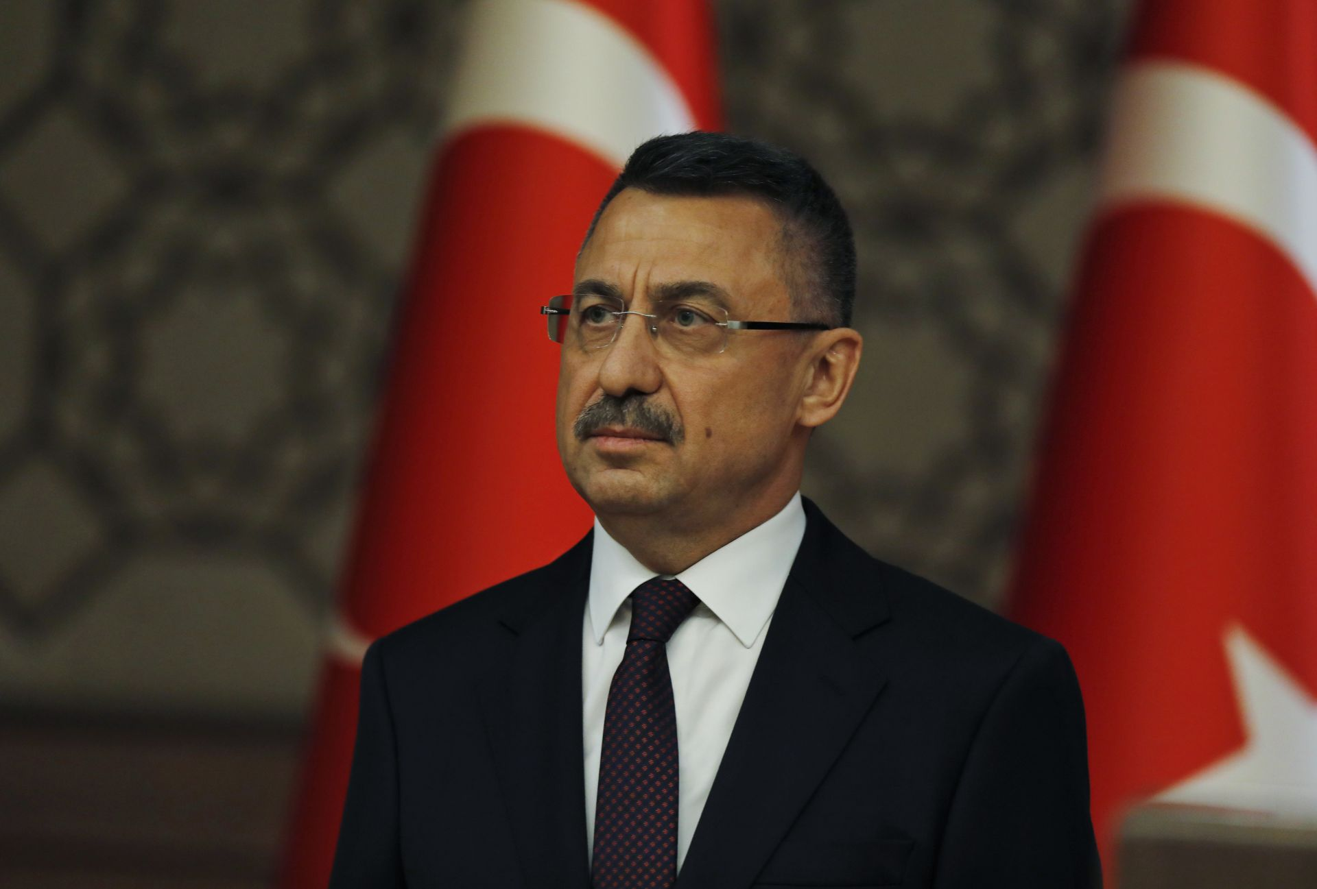 За пръв път Турция ще има вицепрезидент. Той се казва Фуат Октай - инженер по образование, специализирал в САЩ