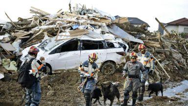 Трагедията в Япония: Жертвите на наводненията вече са 141