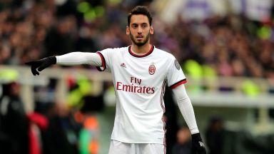 Две от звездите на Милан отпадат за следващите мачове заради вируса