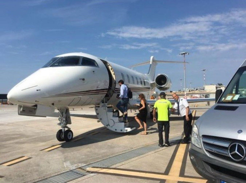 Аниели заминава за Гърция.
