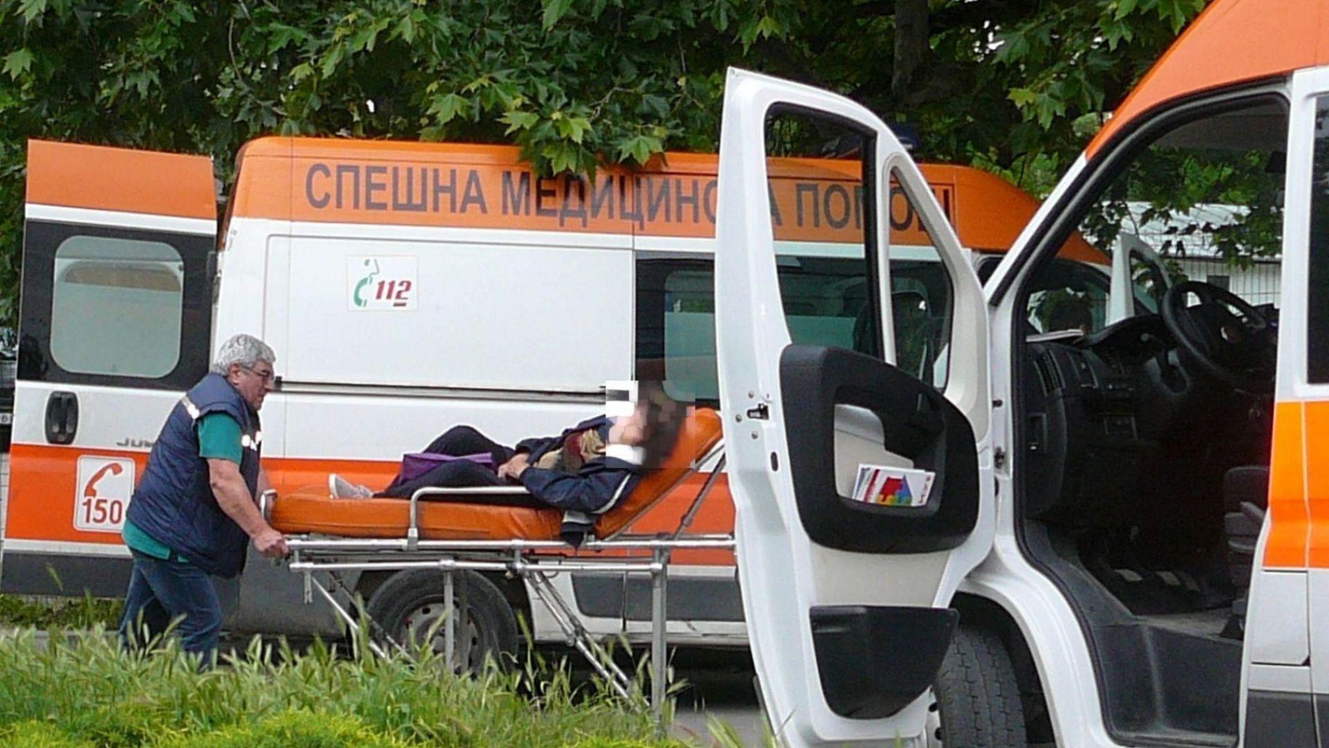 Бус отнесе жена във Варна, лекарите не успяха да я спасят