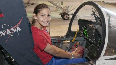 НАСА подготвя 17-годишно момиче да бъде първият човек на Марс